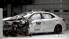 为什么说家用选丰田卡罗拉?看完碰撞视频就知道