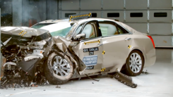 凯迪拉克CTS对比沃尔沃S90碰撞测试,你更看好那个?