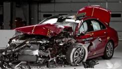 教你选入门豪华轿车,碰撞对比了解一下