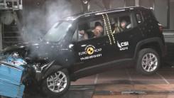 JEEP的SUV结实吗?参加碰撞测试就都明白了