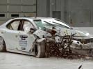 丰田凯美瑞副驾的碰撞结果来了,你还会入手吗?