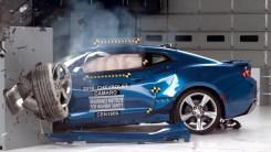雪佛兰科迈罗碰撞测试,能否像电影里一样霸气
